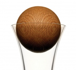 Replacement oak stopper (6cm) for Sagaform red wine carafe