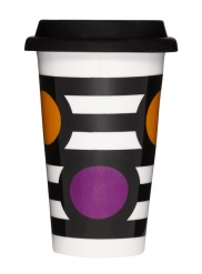 Point takeaway mug with silicone lid