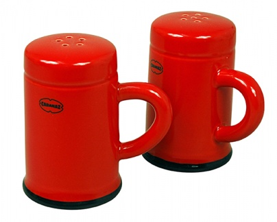 SALT & PEPPER SHAKER set/2 Red