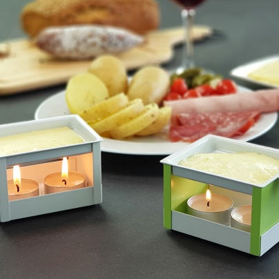 YETI - Blue individual raclette with candle