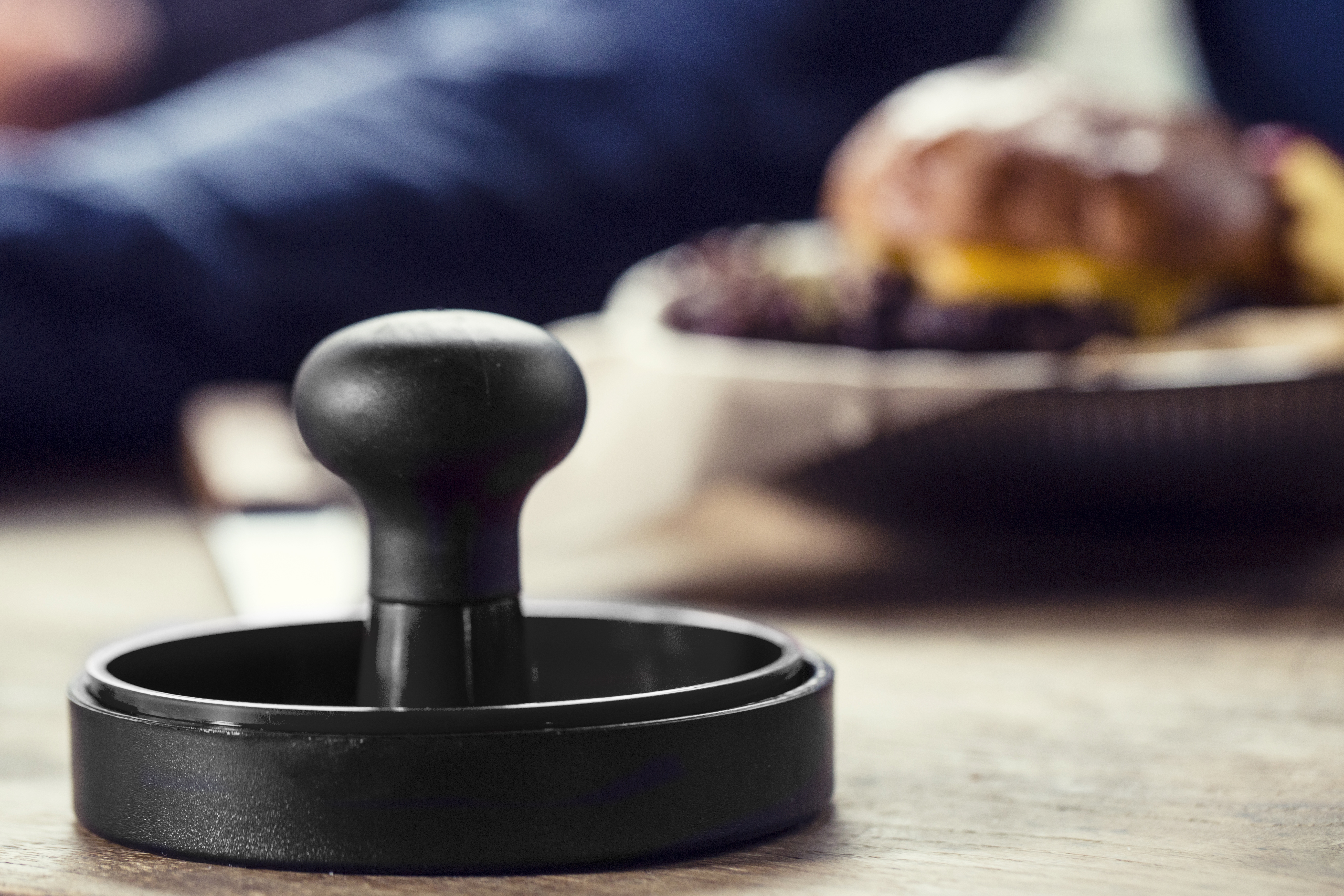 Hamburger press black