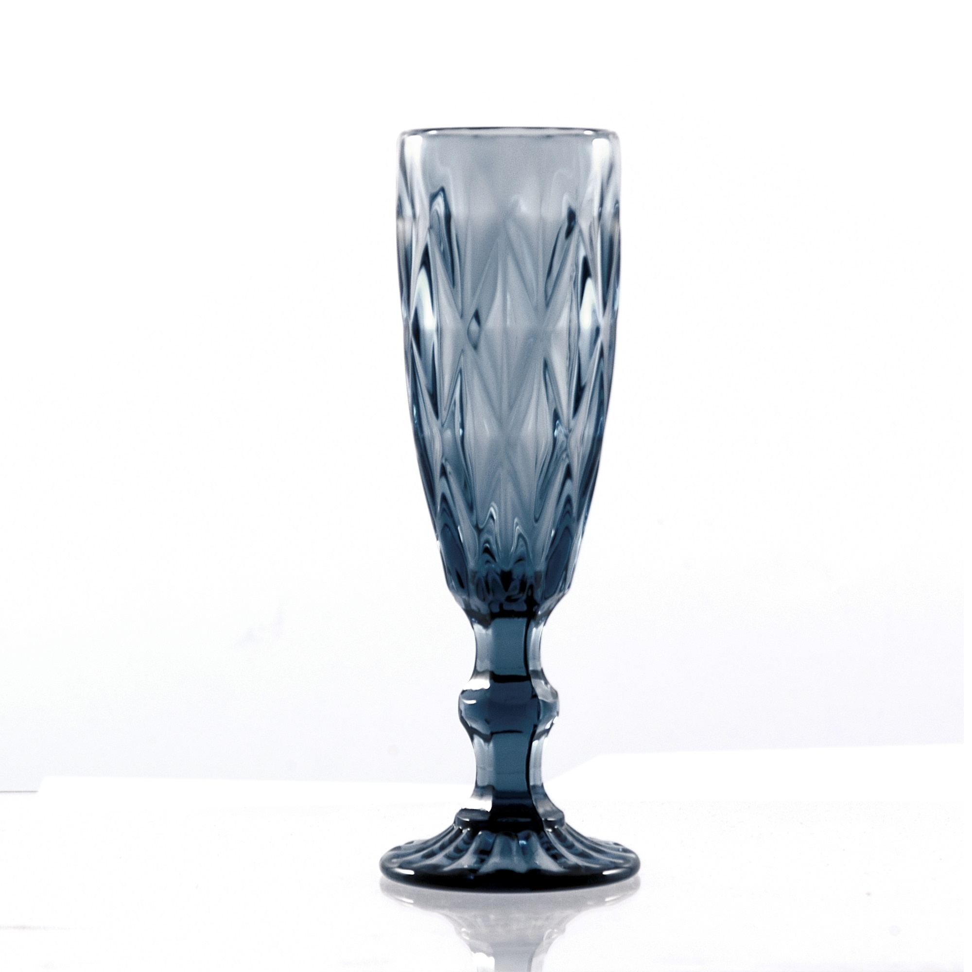 Formahouse | Dining / Glassware / BLUE DIAMOND Flute